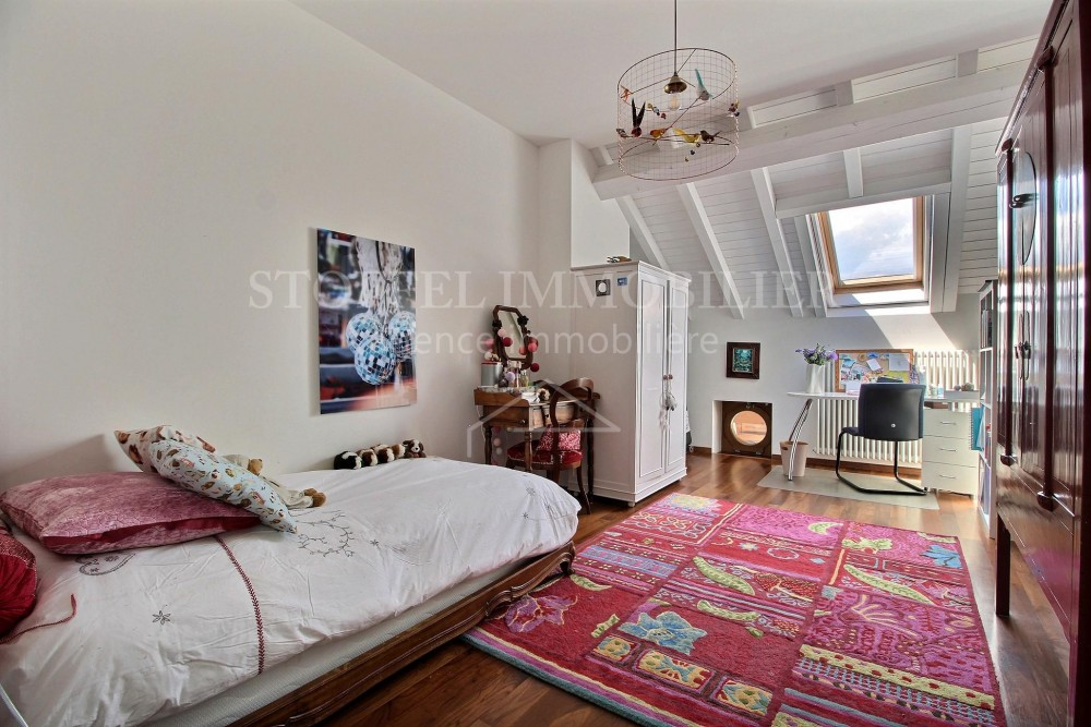 CHARMING 8 ROOM APARTMENT WITH TERRACE - Exclusivity